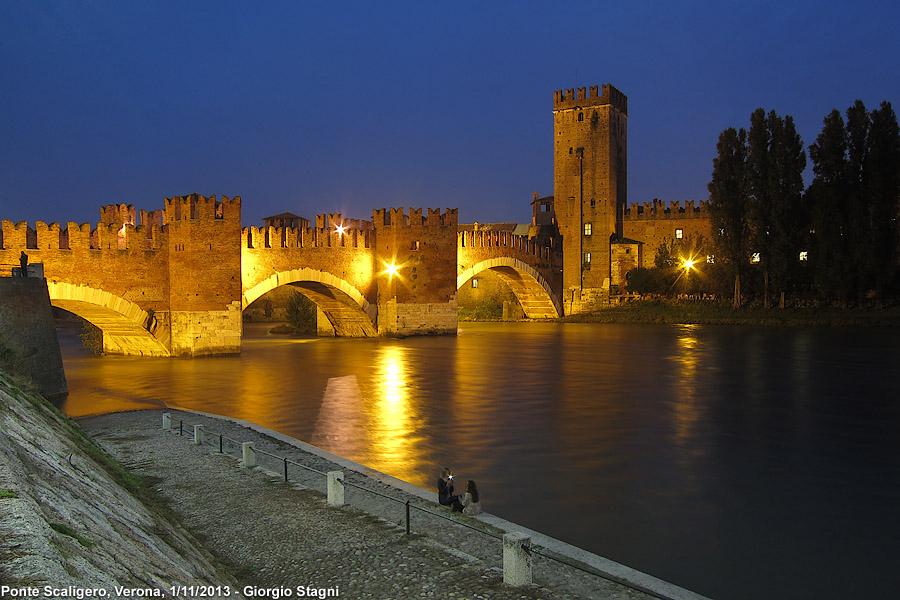 Di chiese e di fiume - Ponte Scaligero.