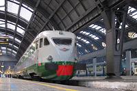 Elettrotreni a Milano Centrale - Milano Centrale.